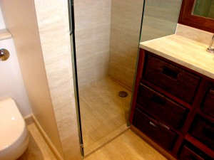 Angore Vein-cut Shower Room