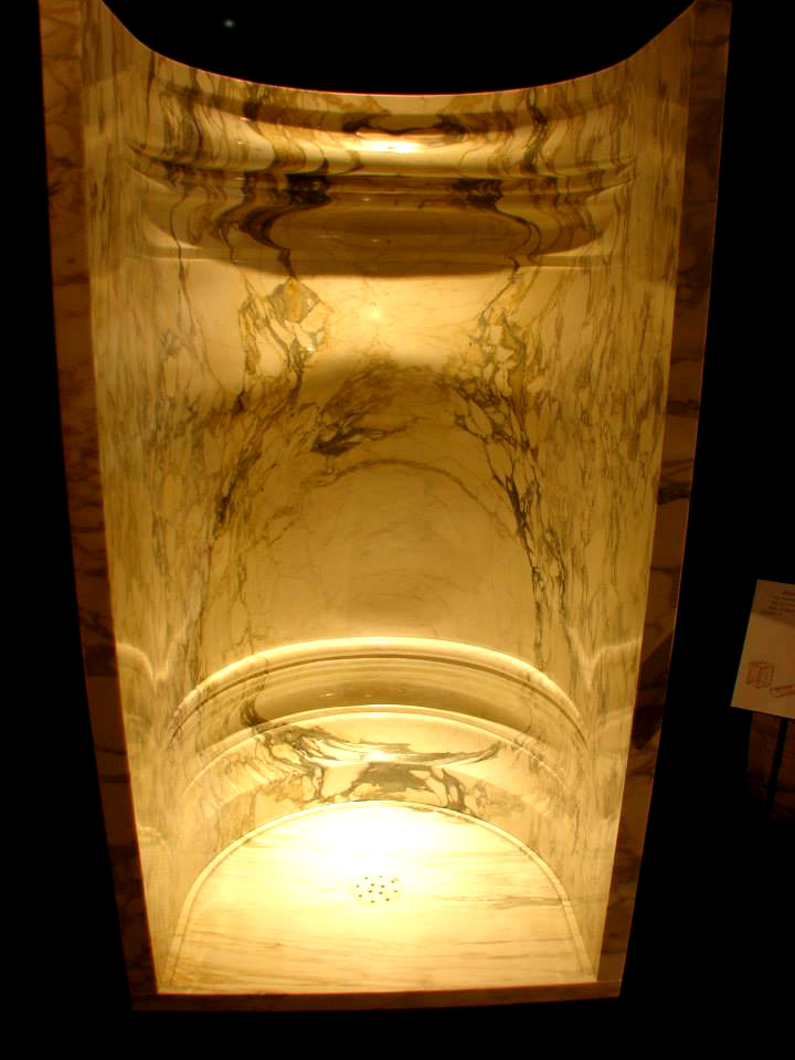 Arabascato Marble Shower Module | Nature Fusion