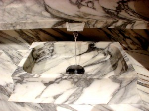 Arabescato Rectangular WashBasin Curved