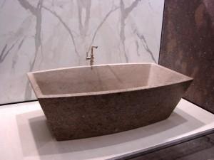 Bianco Carara Bath tube with book Match Calacata Wall Slabs