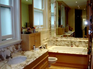 Calacatta oro bathroom