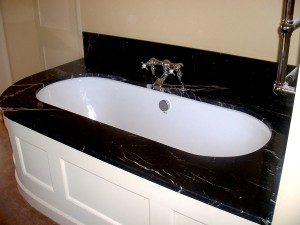 Nero Marquina Bath surround