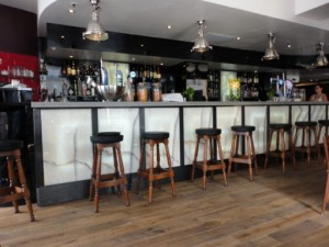 Sebanne Belter Onyx Trafalgar Square Bar