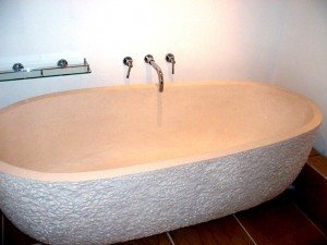 Myra Bath Tube