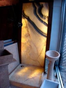 Sebanne Belter Onyx Shower Room Dsplay